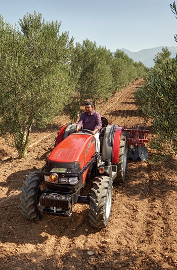 caseihyenijxb-traktorlernet-03