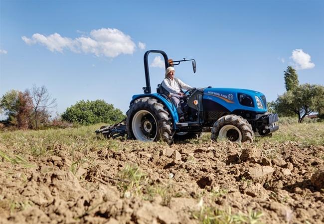 newholland-t480s-traktorlernet-03