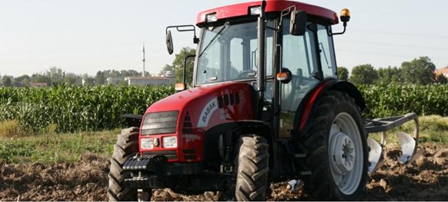 basak2080traktor-02