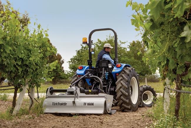 newholland-t480s-traktorlernet-01