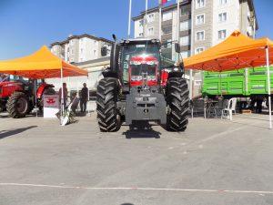 mf7615-traktorler-3