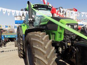 deutzfahr-7250ttv-01-traktorlernet4